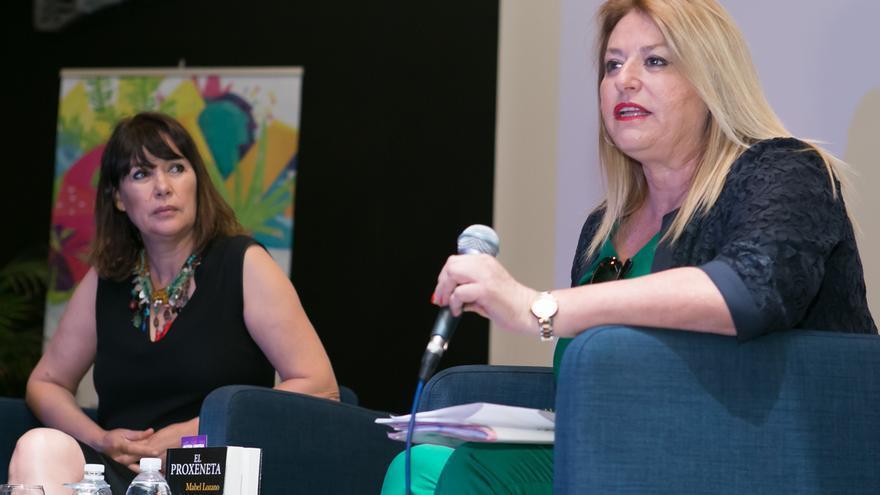 Mabel Lozano (izquierda) y Flor de Torres, durante el curso