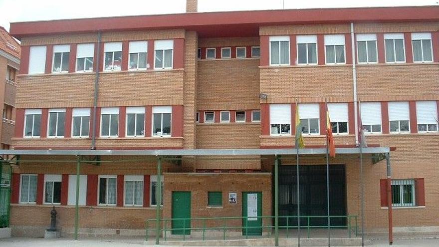 Colegio José Antonio en Tomelloso,