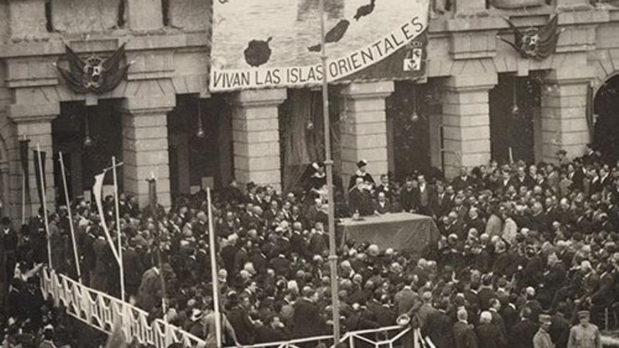 Manifestación a favor de la división provincial
