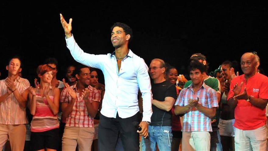 El cubano Carlos Acosta dejará la danza clásica dentro de dos años
