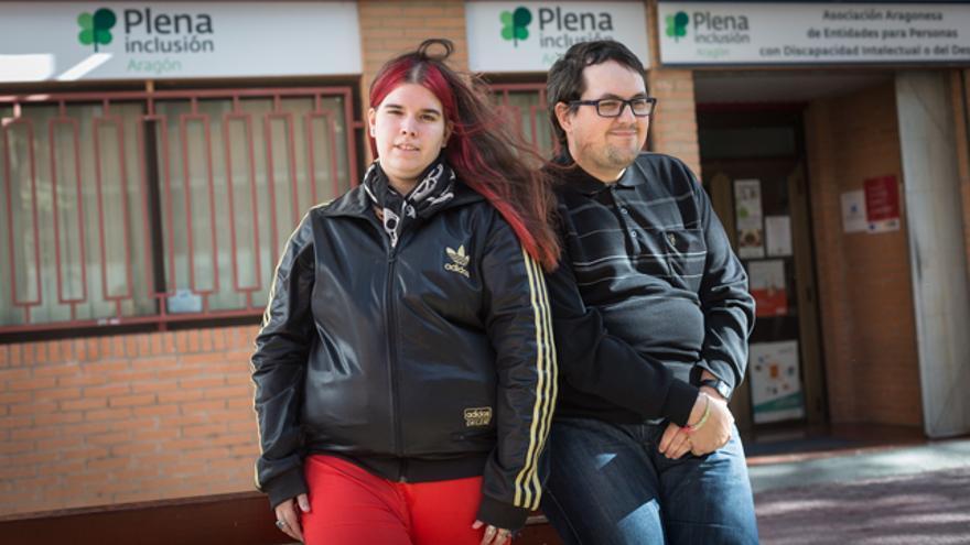 Estefanía y Fernando son discapacitados intelectuales y han sufrido exclusión social