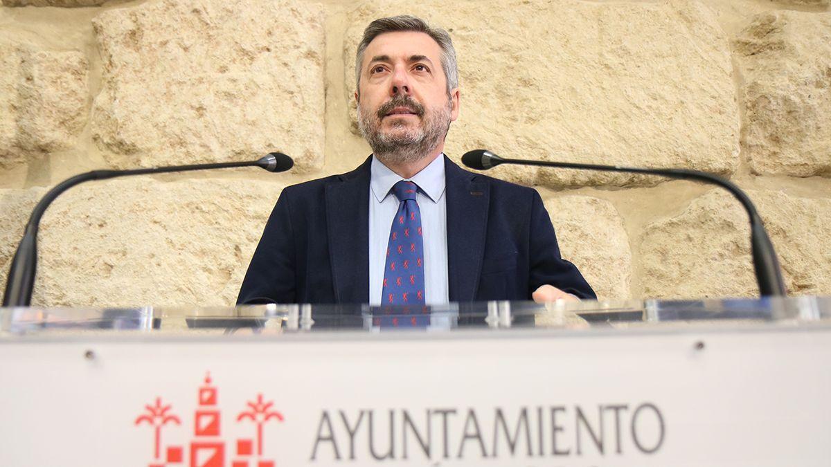 El teniente de alcalde de Presidencia y portavoz del PP en el Ayuntamiento, Miguel Ángel Torrico.