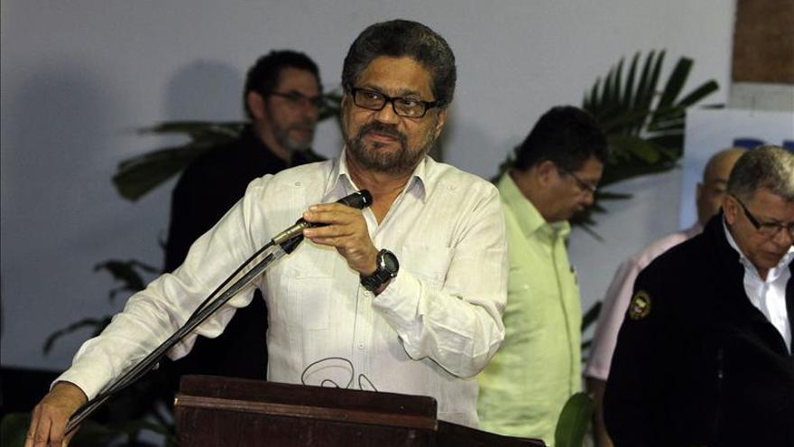 Negociadores de las FARC evitan especular sobre gestiones para liberar a general