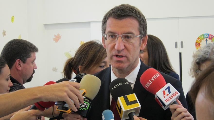 """Feijóo destaca que alcalde de Boqueixón dimitió y que otros partidos """"en supuestos iguales"""" tienen """"códigos distintos"""""""