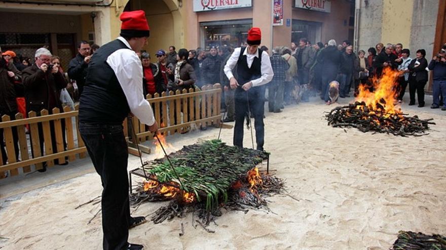 Siete pistas para saber dónde y cómo comer calçots si no vives en Catalunya