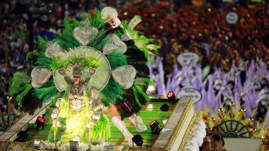 Un desfile sobre el fin del mundo surge como favorito para el título este año