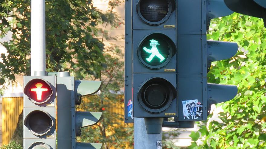 Semáforos en la ciudada alemana de Berlín