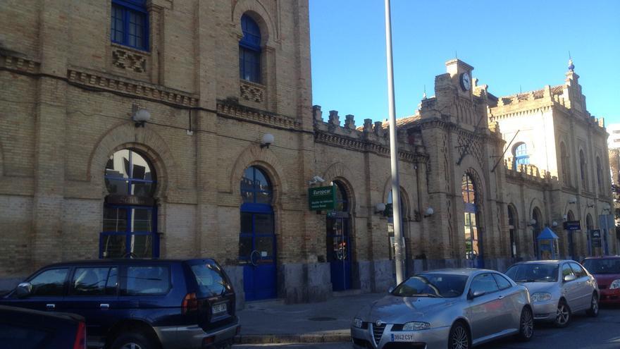 Fachada de la actual estaciones de trenes de Huelva capital.