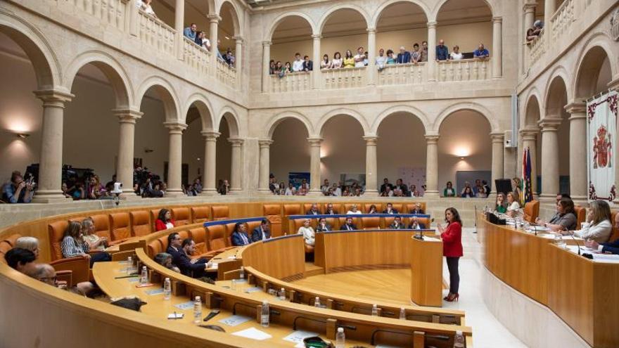 La socialista Concha Andreu, presidenta de La Rioja con apoyo de Podemos e IU