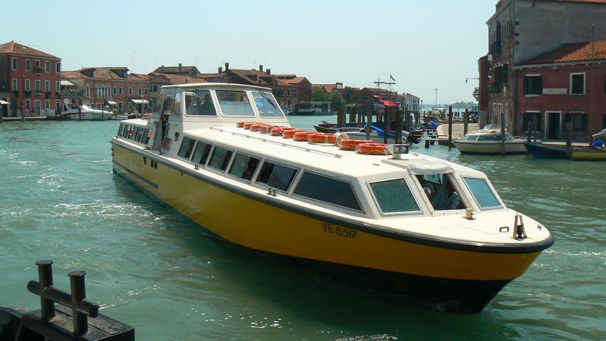 Una de las embarcaciones de la empresa Alilaguna. Nick Bramhall