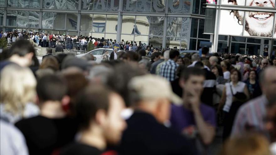 Cientos de personas se quedan sin entrar al mitin de Pablo Iglesias en Coruña
