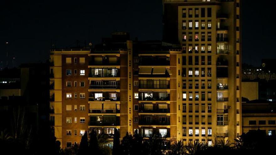 La factura de la luz ha subido un 12 % hasta octubre en relación a 2016