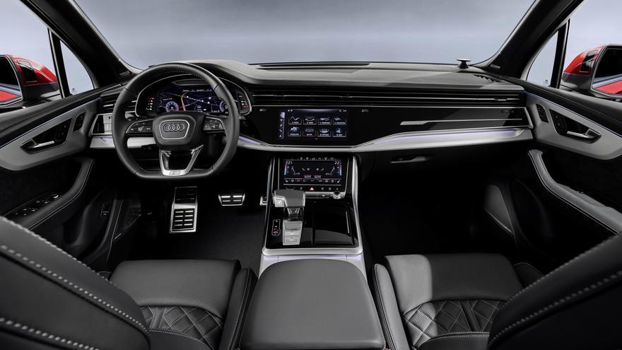 El nuevo Audi Q7 muestra elementos característicos del actual lenguaje de diseño de la marca alemana que se ven reflejados en un interior de clase superior