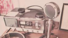 Podcasts y programas de radio para viajar sin salir de casa.