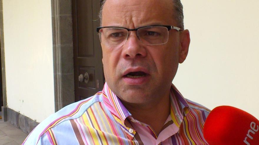 """CC admite un """"bloqueo"""" en las negociaciones con el PP y no descarta cerrar un acuerdo de estabilidad parlamentaria"""