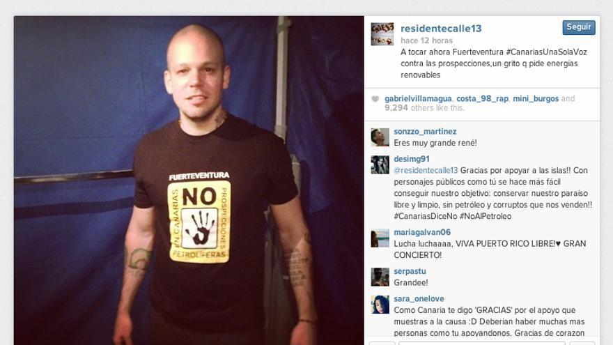 Una fotografía del cantante René Pérez con la camiseta de una plataforma contraria a los sondeos recibe 10.000 'me gusta' en un solo día.