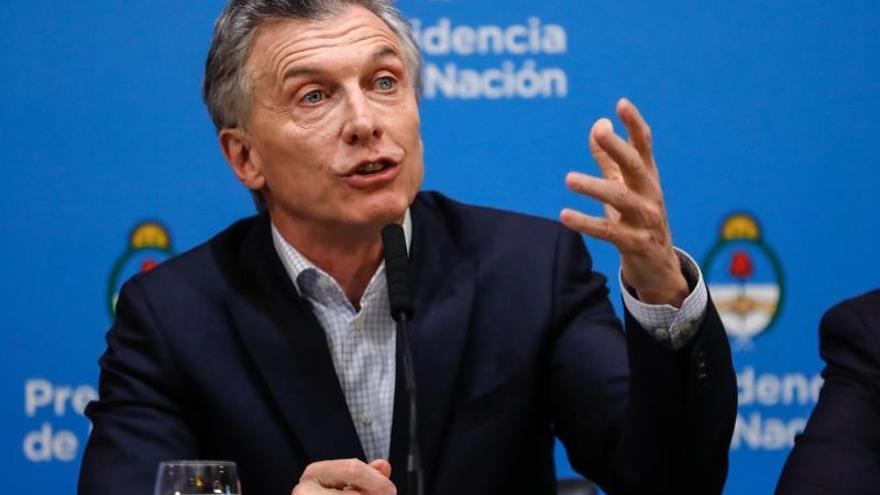 Argentina impone autorización para la compra de moneda extranjera