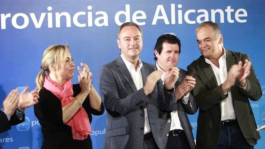 Sonia Castedo junto a Alberto Fabra, José Císcar y Esteban González Pons