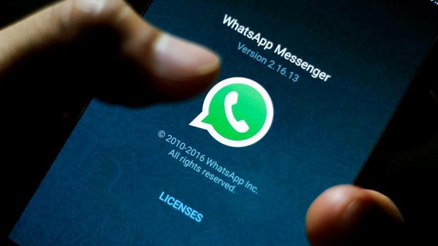 Protección de datos prohíbe en Alemania a Facebook acceder a datos WhatsApp