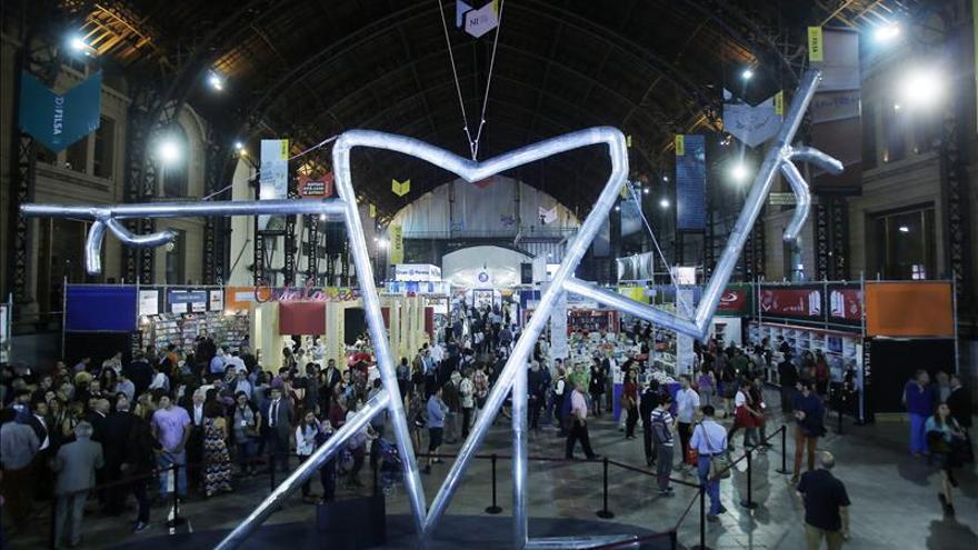La Feria del Libro de Santiago cierra sus puertas con más de 260.000 visitas