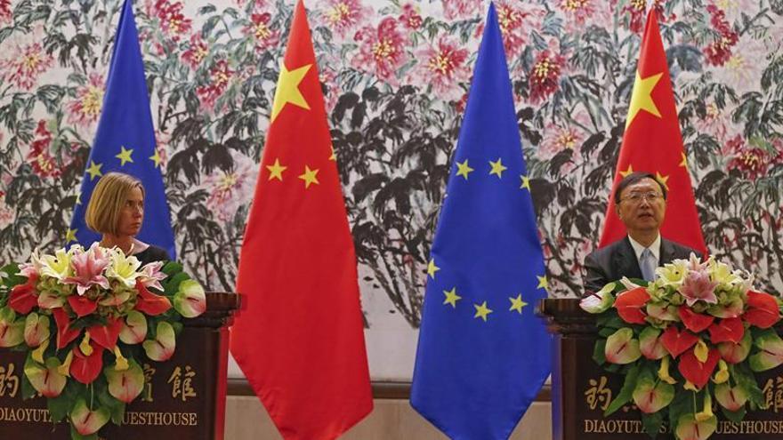 Human Rights Watch pide a Mogherini tratar la cuestión de los derechos humanos en su visita a China