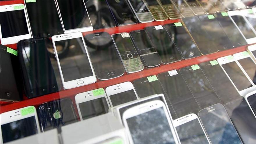 La telefon a acapara la mayor a de consultas en oficina de for Oficina de consumo gijon