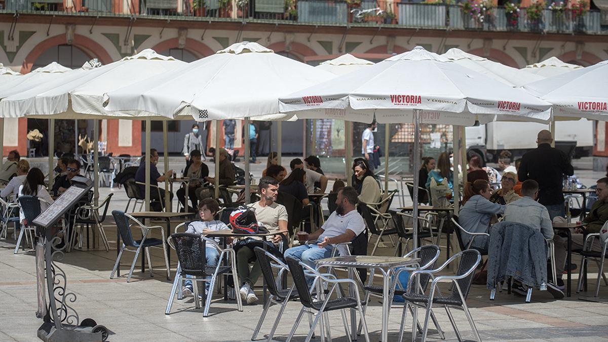 Una terraza en La Corredera | ÁLEX GALLEGOS