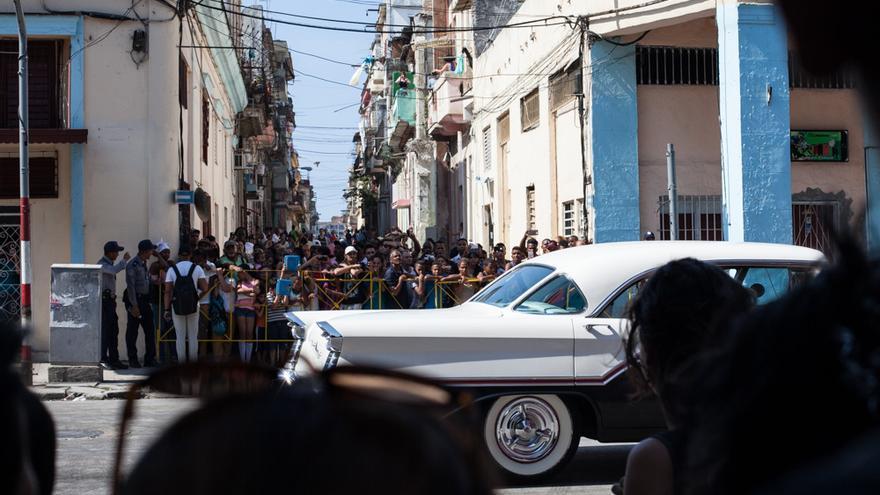 """""""Rapido y furioso"""", primera gran producción norteamericana en Cuba desde hace más de medio siglo, ha invadido los barrios y modificado la vida cotidiana de los habaneros"""