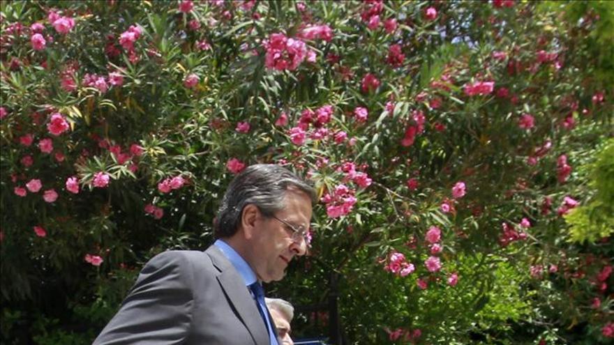Los socios del Gobierno griego presentan la ley antirracista pese al rechazo de Samarás
