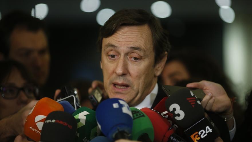 """El PP, """"muy sorprendido"""" ante el apoyo del PSOE a la reforma del TC del PNV: Es """"un gravísimo error"""""""