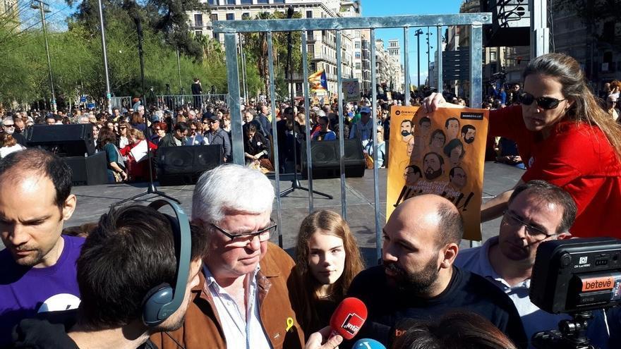 """ANC y Òmnium exigen """"la libertad de los presos políticos"""" y piden más movilización ciudadana"""
