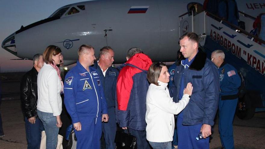 Astronautas del fallido lanzamiento de la Soyuz irán a la EEI en primavera