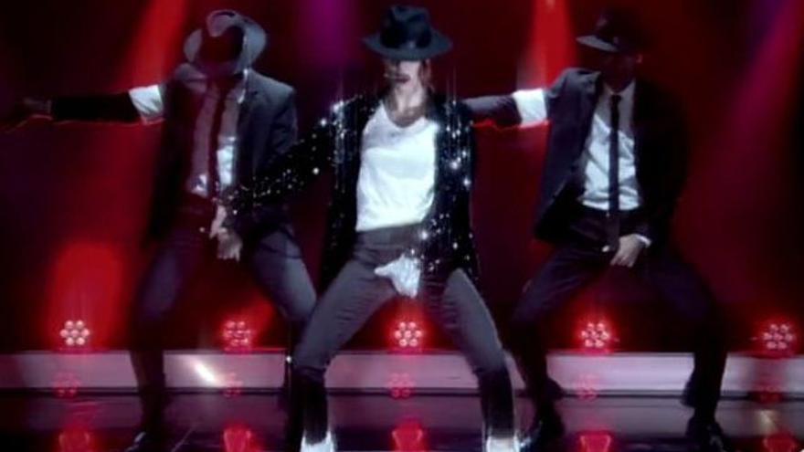 Pilar Rubio imitó a Michael Jackson con mano en entrepierna y 'como un pecado'