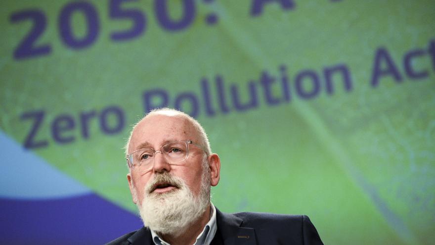 La CE presentará en 2022 una propuesta para eliminar los vehículos contaminantes