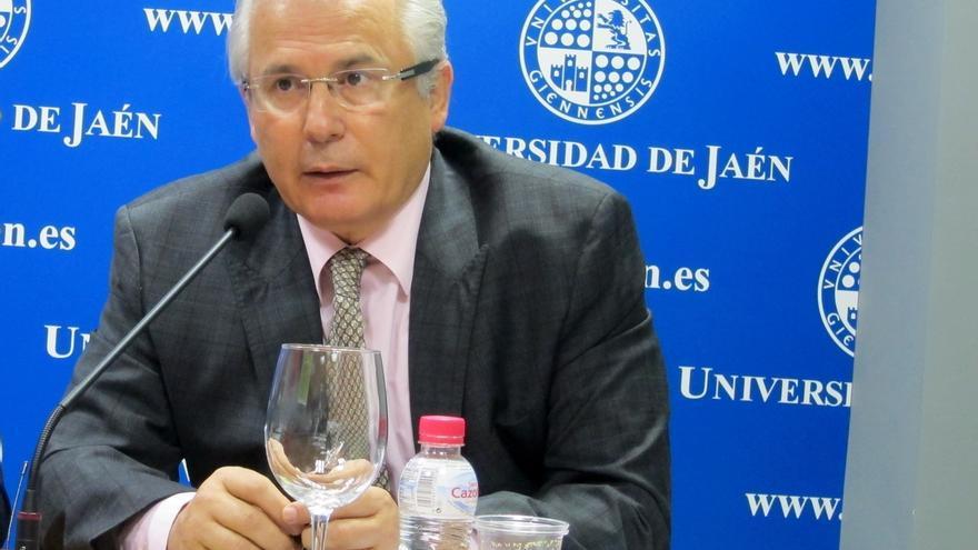 Baltasar Garzón cree que la regeneración política no pasa necesariamente por partidos nuevos
