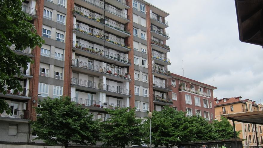 Las hipotecas sobre viviendas en Euskadi bajan un 1,7% en mayo