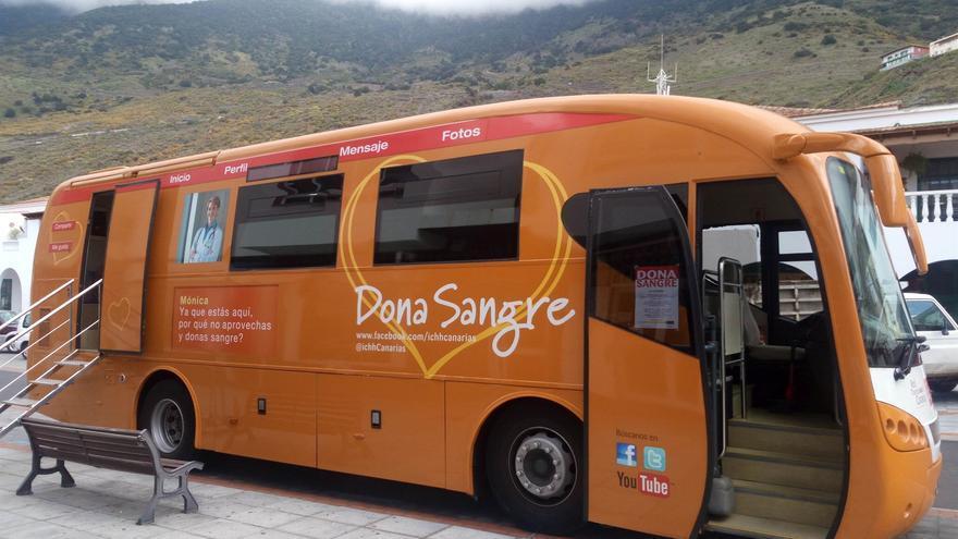 Vehículo para donar sangre del Instituto Canario de Hemodonación y Hemoterapia.