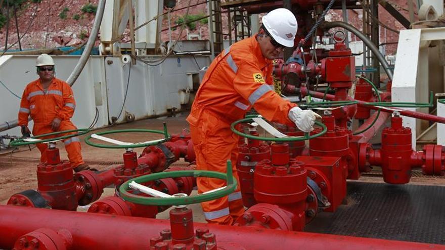 Bolivia aumentará en 10 % producción de gas para atender a Brasil y Argentina