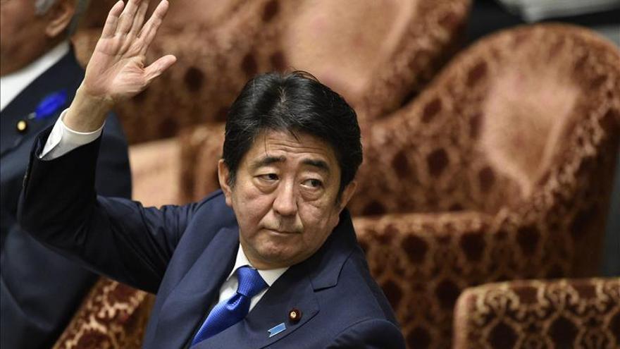 Abe presenta hoy un nuevo plan para impulsar el PIB nipón en un 22,5 %
