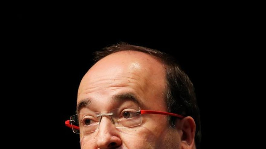 Iceta: Si apoya el 1-O, Colau será responsable de una declaración unilateral
