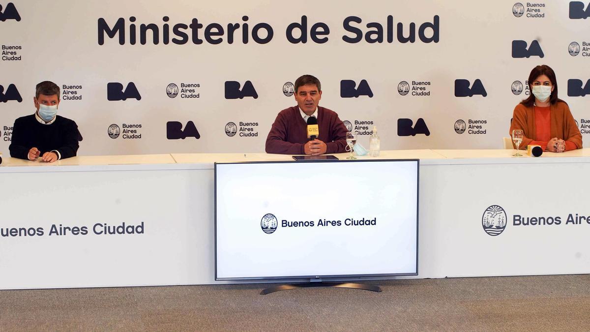 El ministro de Salud porteño, Fernán Quirós, informó la situación epidemiológica