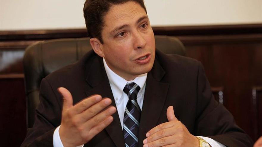 Los españoles Garzón y Viciano asesoran a Bolivia en la reforma del sistema judicial