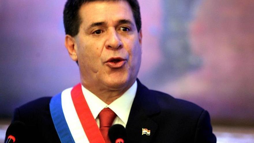 Cartes renuncia a presentarse a la Presidencia paraguaya en 2018 tras protestas