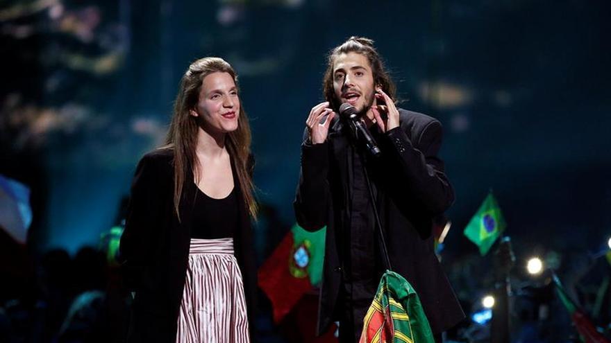 La sencillez de Salvador Sobral le da a Portugal su primer Eurovisión