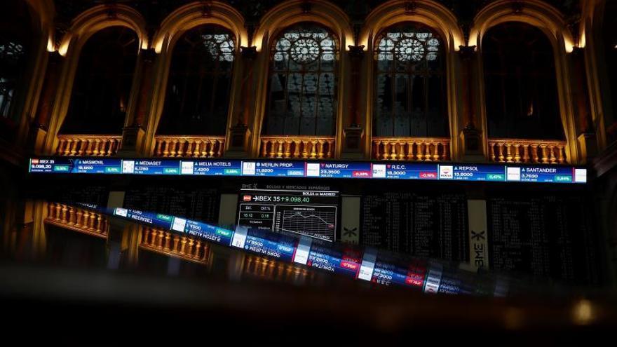 La Bolsa española sube el 0,26 % tras la apertura y recupera los 9.000 puntos