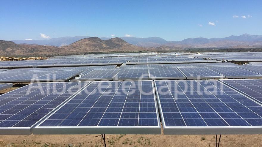 Planta solar fotovoltaica Quilapilún (Chile) / Eiffage Energía
