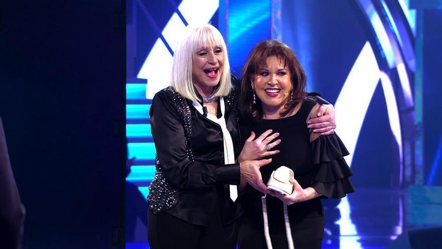 """Raffaella Carrá y Loles León en """"Volverte a ver"""""""