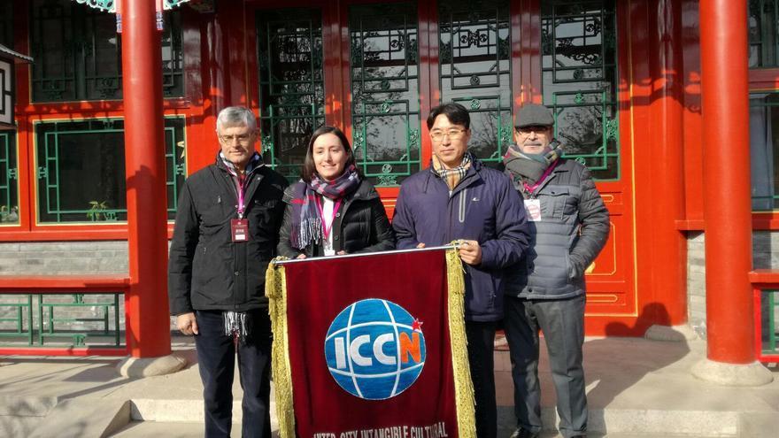 La alcaldesa de Algemesí ha recibido el relevo de la capital china