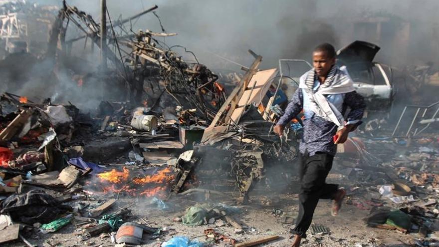 Al menos 13 muertos en un ataque suicida contra  una academia de policía en Somalia