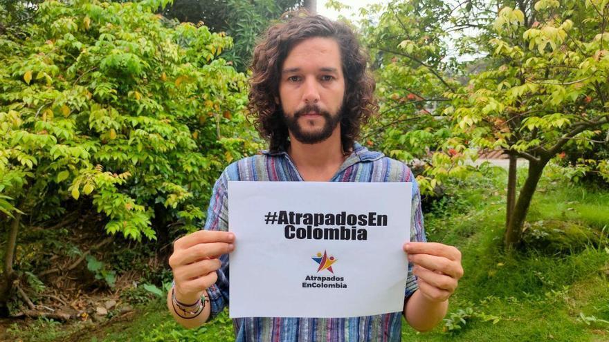 Javier Godínez, portavoz del grupo 'Atrapados en Colombia'